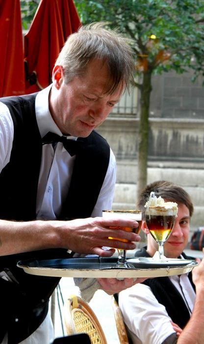 Café, Rue d'Arcole. Photograph by Dan Mangan