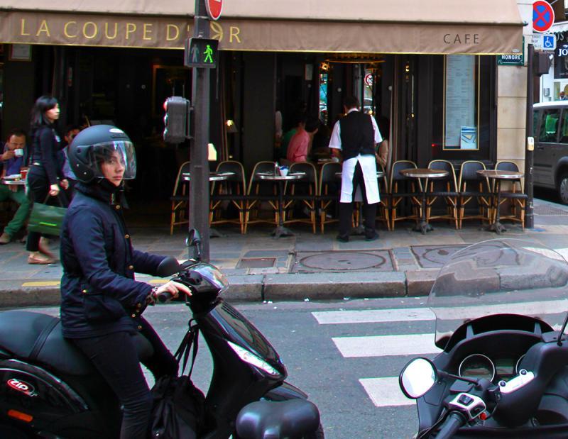 La Coupe d'Or, Rue Saint-Honoré. Photograph by Dan Mangan