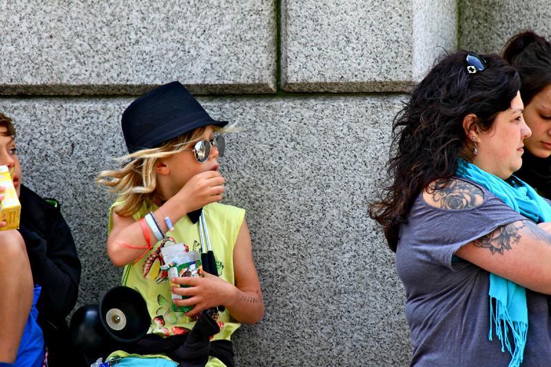 Waiting for the Parade, London. Photograph by Dan Mangan