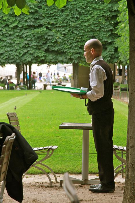 Waiter, Jardin des Tuileries. Photograph by Dan Mangan